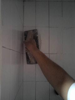 4 maneras de limpiar las juntas de los azulejos o baldosas - Limpiar azulejos con vaporeta ...