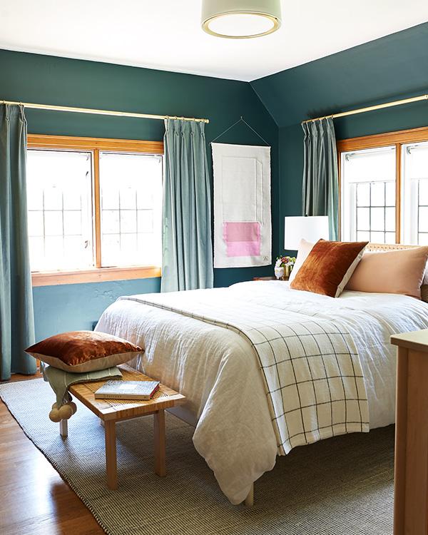 Cambia tus cortinas y decora tu hogar gastando poco dinero