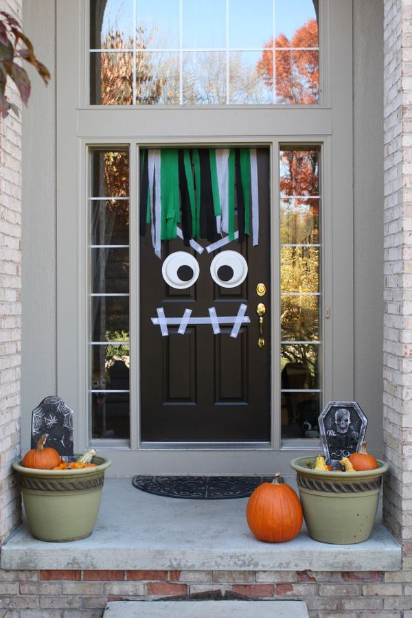 25 ideas para decorar la puerta de casa para halloween for Idee decoration porte halloween