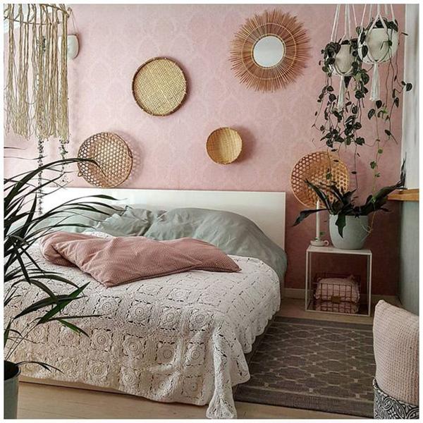 Un dormitorio bohochic / bohemio moderno