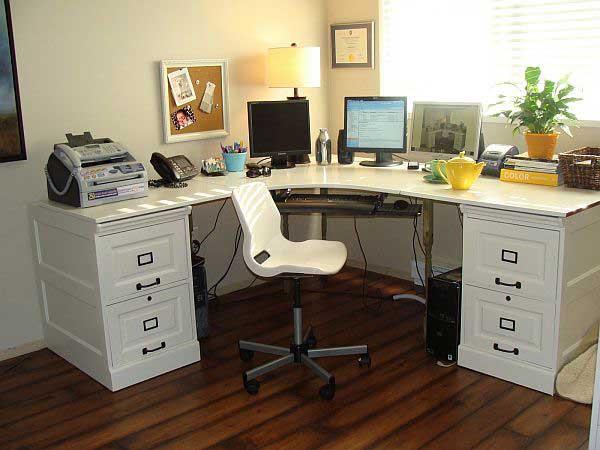 escritorio-hecho-con-cajoneras