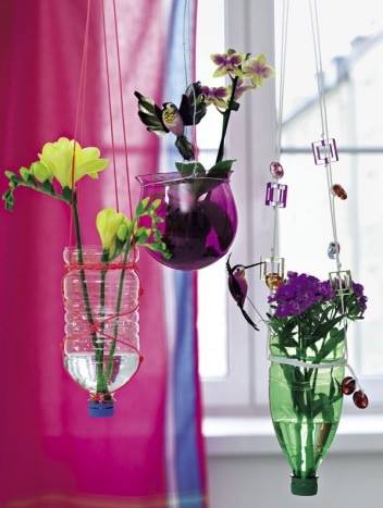 flores colgantes con botellas pet recicladas