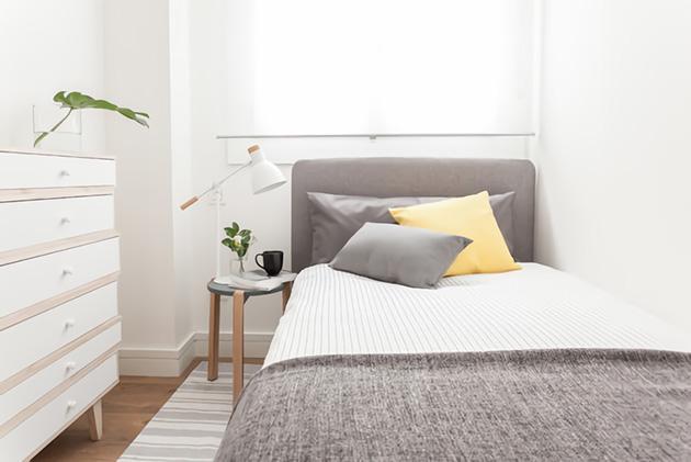 101 ideas de decoraci n para peque os dormitorios cuartos for Ideas para decorar habitaciones con fotos