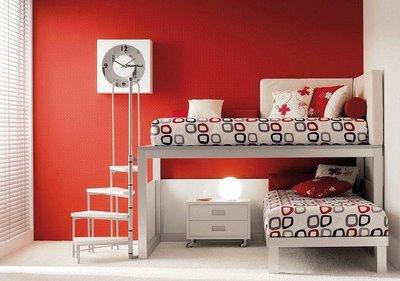 habitacion roja y blanca