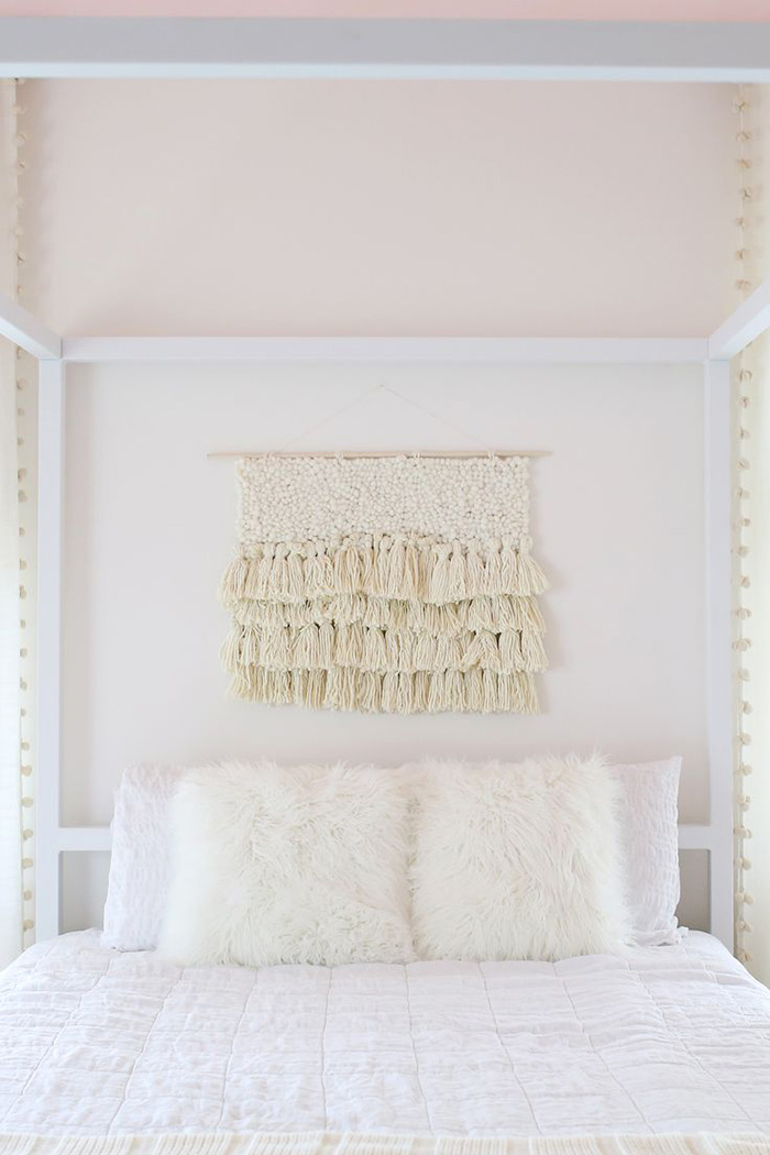 Idea para decorar la pared de la cama: Tapiz de macramé