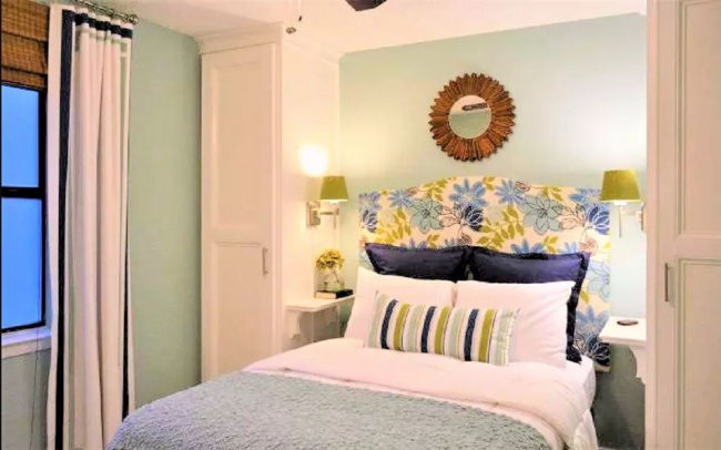 Dormitorio o habitación pintada en dos colores: Verde menta y blanco