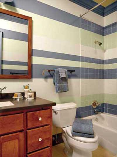 Baño Pintado De Amarillo: , cuarto de baño o servicio pintado con un bonito mural de una flor