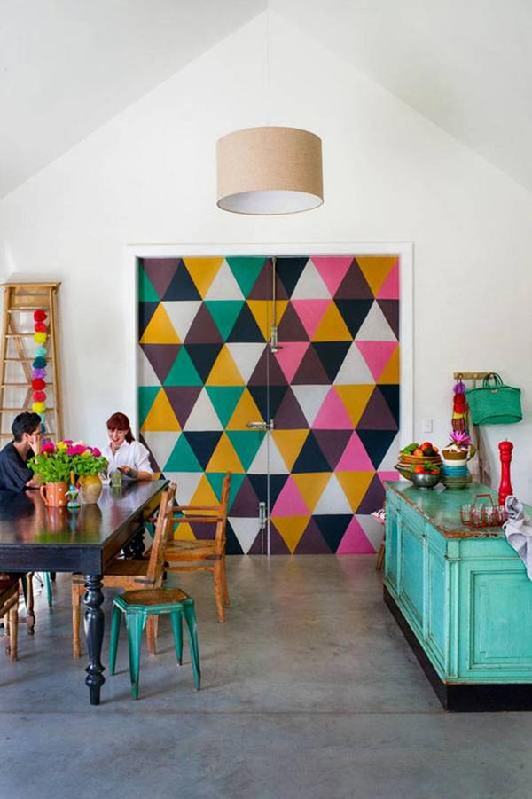 17 ideas para pintar y decorar las puertas interiores de for Ideas de decoracion para casas