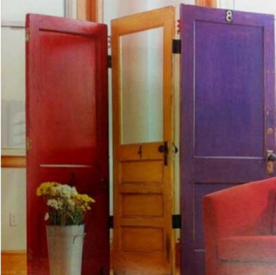 ideas_reciclar_decorar_puerta_antigua_6