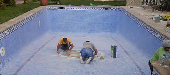 limpiar piscina vacia