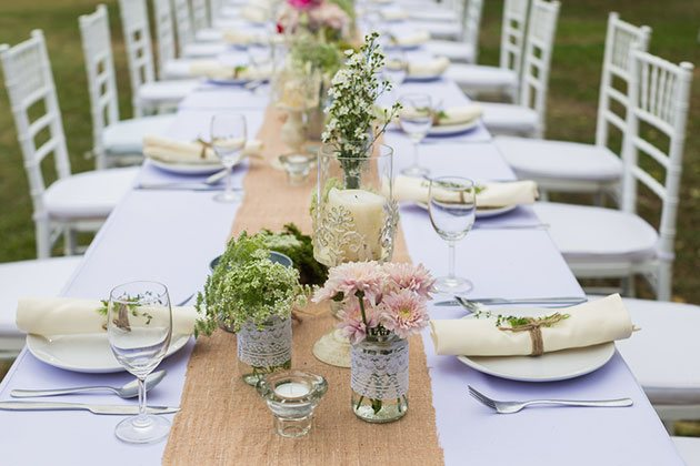 37 espectaculares centros de mesa para bodas mil ideas for Mesas de bodas decoradas