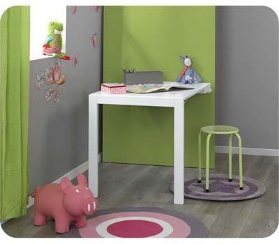 pizarra_mesa_estudio_habitacion_pequeña_abierta