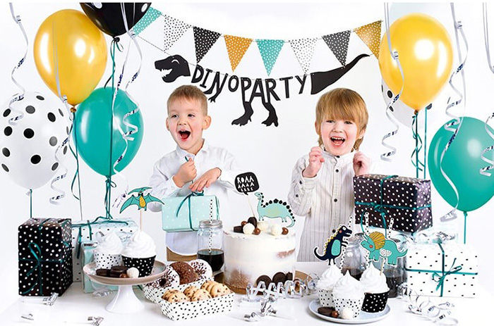 Children's birthday decorative set