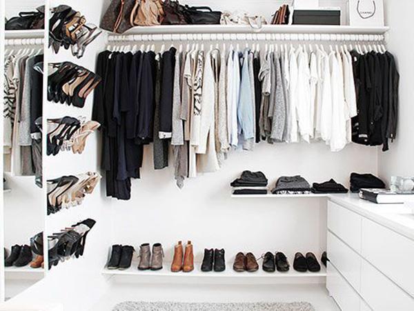 Vestidor minimalista de IKEA